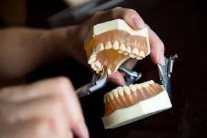 dantų traukimo kaina